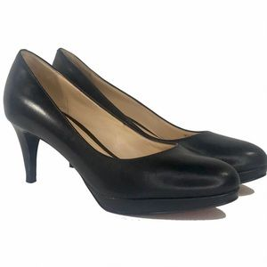 COLE HAAN Chelsea Black Leather Low Pumps Nike Air